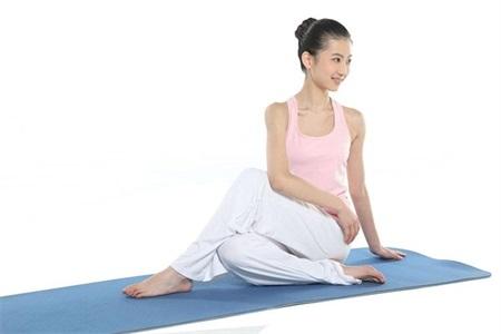 产妇练产后瑜伽减肥塑身,明星产后减肥实力证明