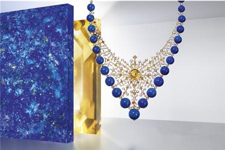 卡地亚高级珠宝奢华精致,宝石戒指闪耀女性魅力