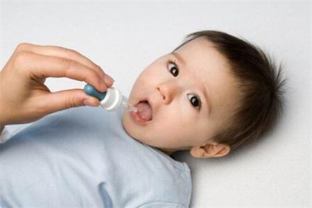 宝宝喉咙痒咳嗽怎么办,家长正确护理咳嗽孩子少遭罪
