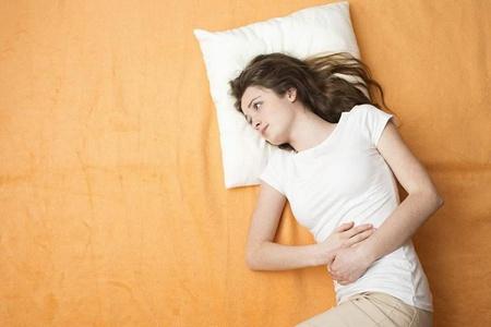 白带豆腐渣状的原因和危害,女性生殖疾病小心不孕不育