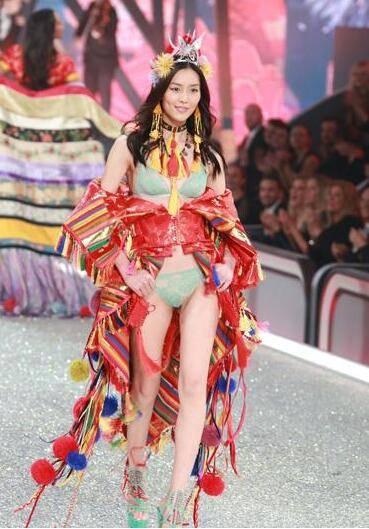 美丽又自然的刘雯 ,我们都爱她。