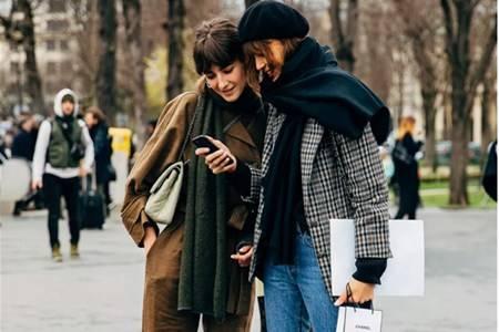 女生围巾的八种围法,冬天带来温暖的围巾搭配