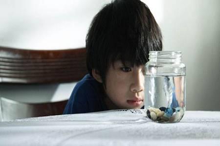 自闭症的表现有哪些?孩子出现自闭症家长要及时干预
