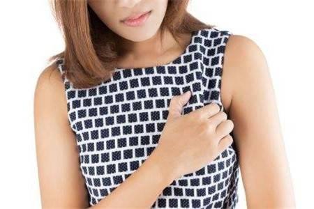 乳腺癌早期症状表现及原因,女性出现这些情况要重视