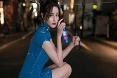 迪丽热巴蓝色旗袍大秀S型身材,热巴五套旗袍装太惊艳