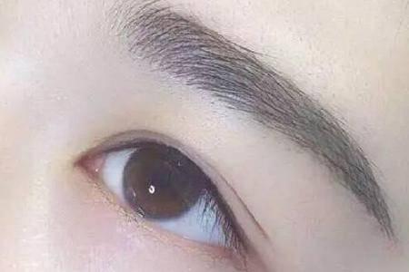打造一个完美妆容 眉毛怎么画是灵魂关键