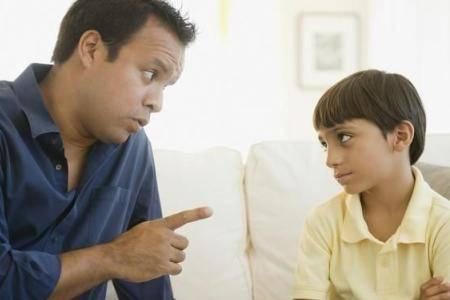 亲子沟通存在很多问题 哪些话属于禁忌不要轻易说