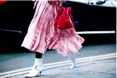 冬天打底裤的时尚搭配,女生穿出大长腿的秘诀