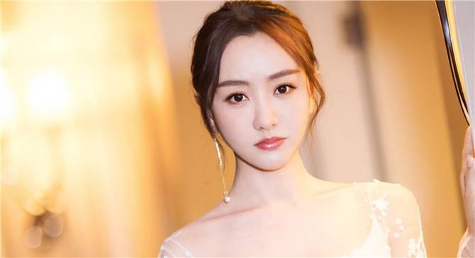 杨蓉经纪公司声明追究法律责任,杨蓉恋情没被曝光狗仔吃了瘪