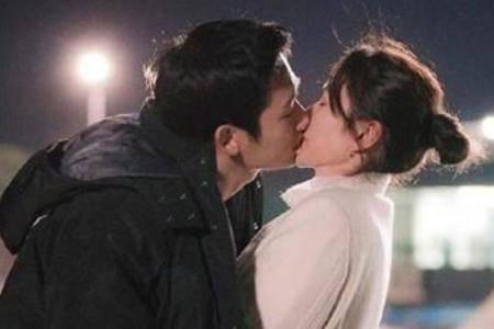 男女接吻 一般交往几天才是是最合适的时机