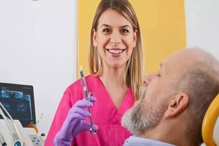 智齿一定要拔吗?智齿出现发炎肿痛时再不拔就晚了