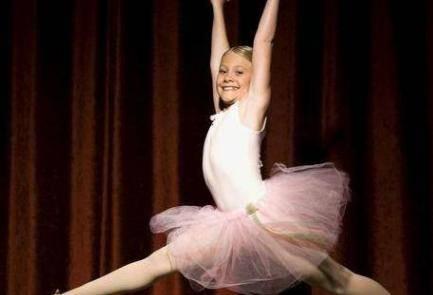 女孩子学舞蹈好处多 儿童学舞蹈的最佳年龄是几岁?