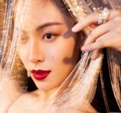 COSMO时尚盛典群星荟萃谁最美  继热巴化身美人鱼钟楚曦变身红毯定海神针