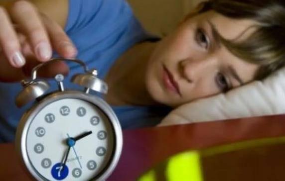 睡不着失眠怎么快速入睡 失眠的原因及怎样治疗失眠具体介绍