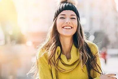 女孩子笑口常开真的好吗