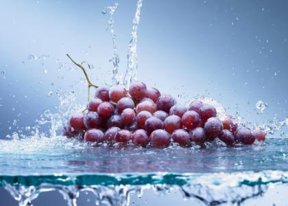 葡萄确实好吃也对身体有益,但是应该注意这些