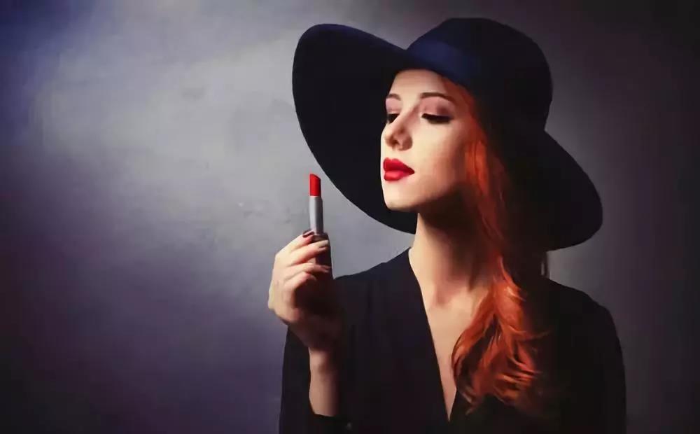 迷人红唇,教你正确使用口红