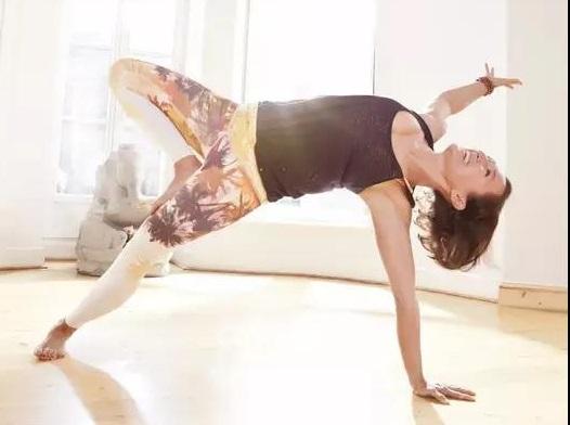 柔软有力的瑜伽,对于这五种女人最好
