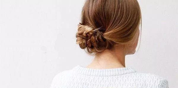 慵懒随性盘发,简单的美丽