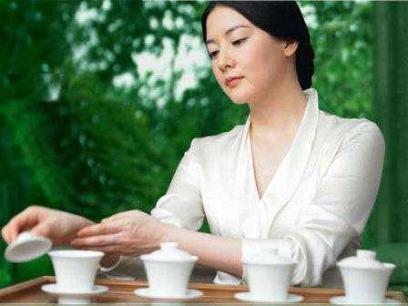 男性喝茶对身体好?其实