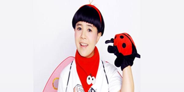 刘纯燕点菜时,黄磊脸色不好,但何炅的表情水谁注意到了?