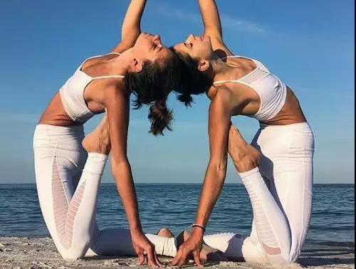 进阶瑜伽中级体式,帮你提升身体力量