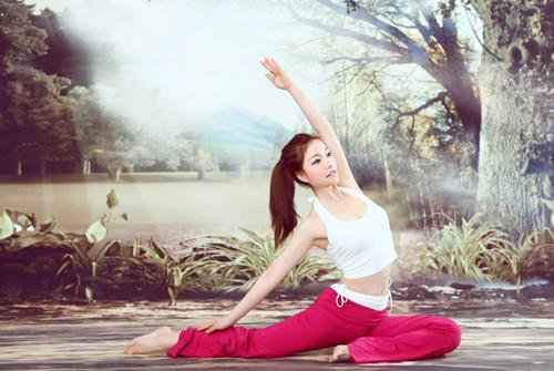 阴瑜伽柔软身姿,练出好体态