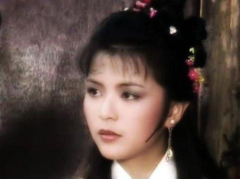 她曾是刘德华心目当中的永远女神,但婚姻却一直不顺利