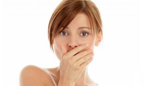 你會經常出現口臭嗎?可能是因為這2個吃飯習慣
