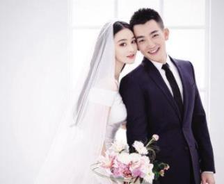 张馨予结婚,两任前男友的反应:一个撕破脸,一个回应恭喜祝福