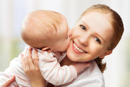 家长们注意了这些症状代表着宝宝可能患上白血病了