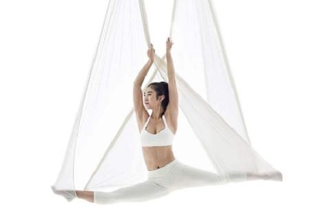 女性在练习瑜伽时往往忘