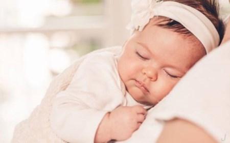 睡眠可能是宝宝成长的最重要因素!而宝宝这样睡觉影响很不好