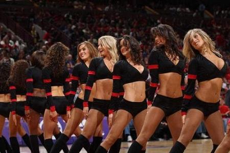 NBA拉拉队在比赛场上的重要性,亚洲了解了吗?