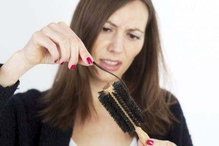 秀发成就美丽,女性如何防治脱发