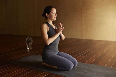 瑜伽锻炼上身体态,让你获得刘诗诗同款天鹅颈
