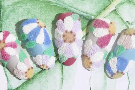 羊羔粉打造浮雕花瓣,立体美甲打造新时尚