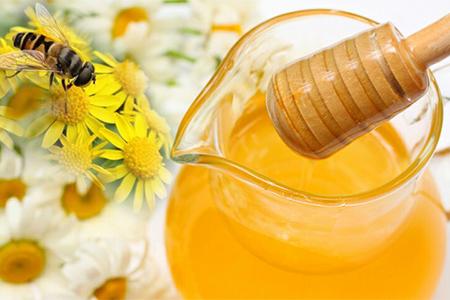 都知道秋天喝蜂蜜水好,但是这几点禁忌也要知晓