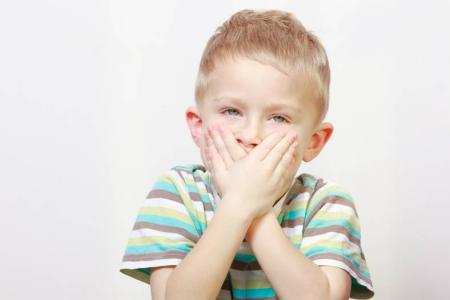 别跟孩子较劲,宝宝语言发展引导的三个错误