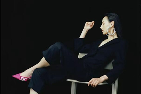 被嘲豪门梦碎的她,用超高颜值与衣品,诠释全新时尚人生