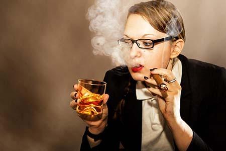 三种生活习惯让你吃出乳腺癌!抓紧住嘴吧