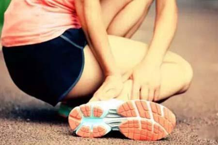 脚踝扭伤常见的三个急救误区,女性最应该了解