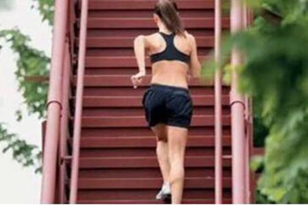 太胖挤地铁被骂哭,女生怎么减肥最有效