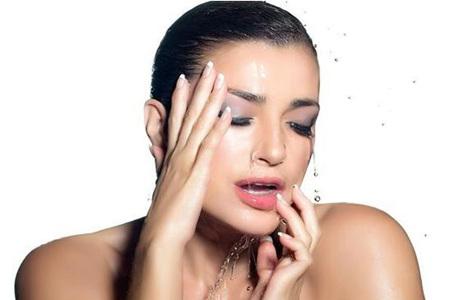 护肤中的误区,让女人皮肤越保养越发黄