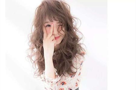 硬核科普,硬质头发适合的几款卷发类型