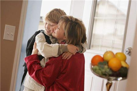 孩子自卑成长,是因为母亲的教育没有给予足够的尊重