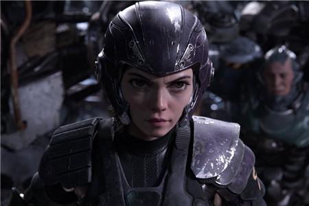 卡梅隆新电影评价两级,战斗天使阿丽塔如何找回记忆