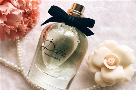 优雅花香带来精致生活,两款奢侈女性香水
