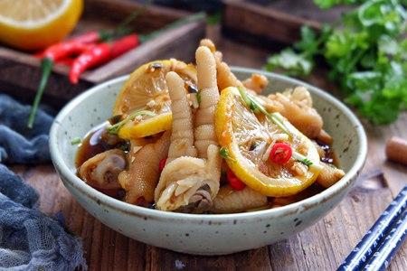 柠檬入菜的酸甜美食,海鲜鸡爪的异域滋味