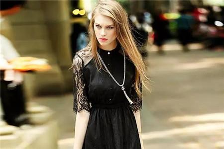 温柔的镂空蕾丝裙,打造女性夏日仙女感